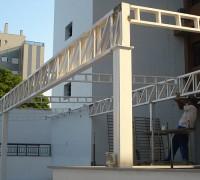 CFL Engenharia  / Cobertura de estacionamento